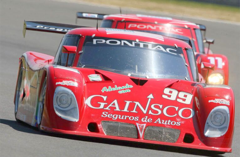 Gurney outduels Papis for Rolex win in Mexico