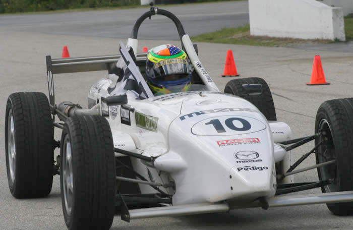 Debut win for Conor Daly