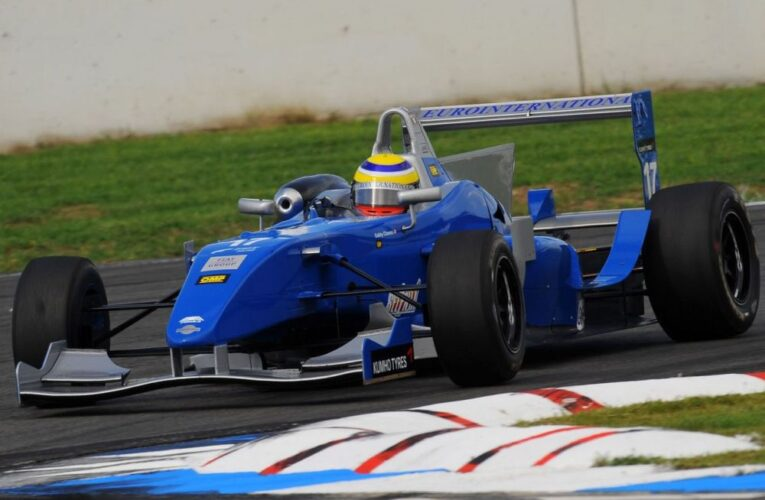 Gabby Chaves on the warpath in Italian F3