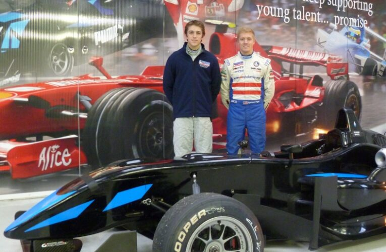 Pigot, Johnston Impress in F3 Test at Pembrey with Double R Racing