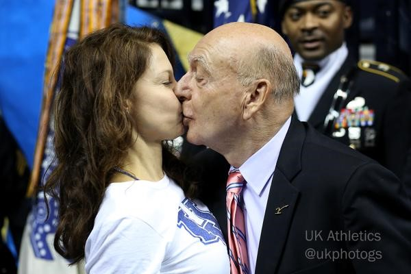 Ashley Judd to press charges on harassing Twitter fans
