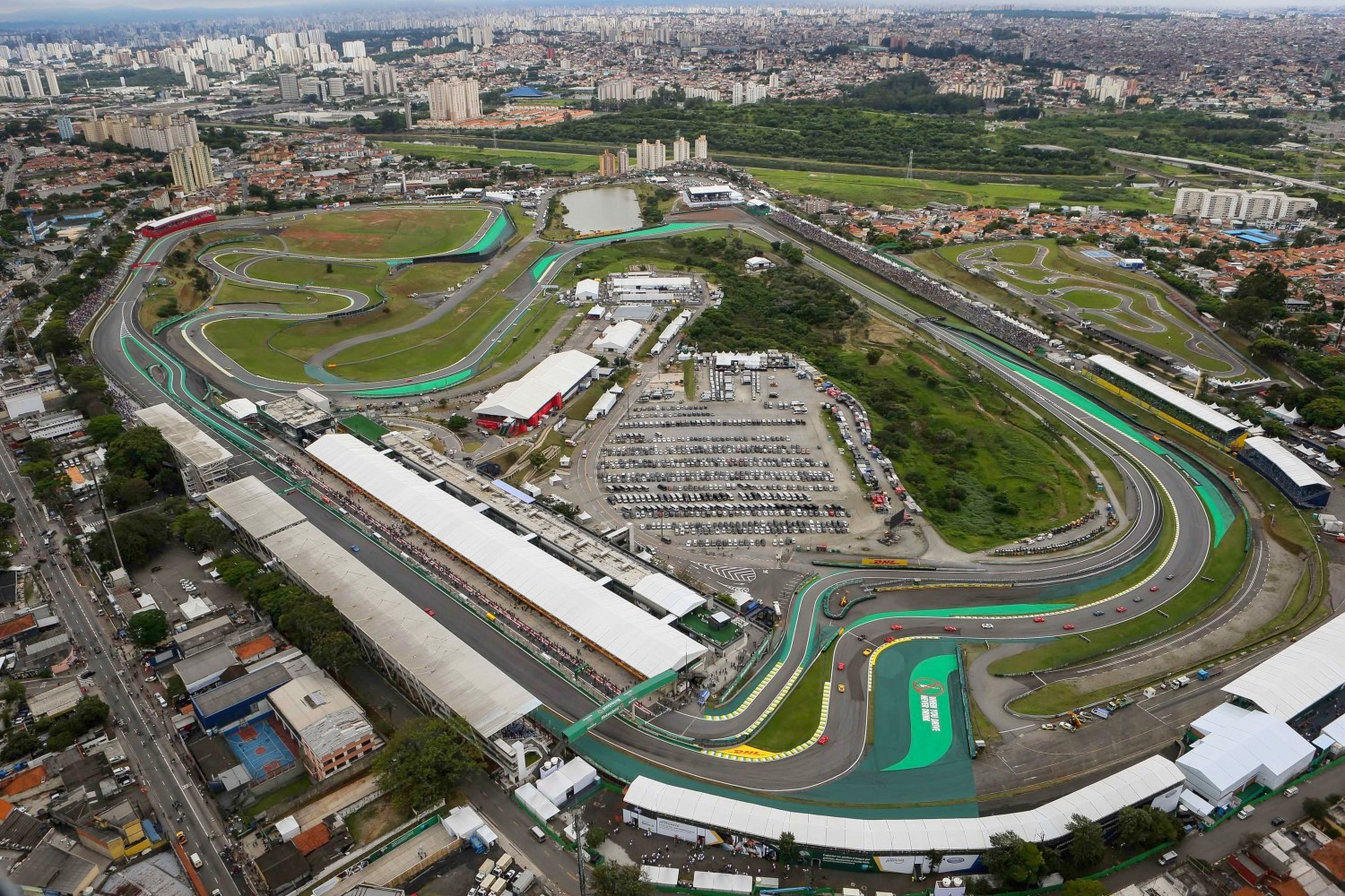 An alarming number of F1 team members were mugged this past weekend. Sao Paulo is a very unsafe place to go.