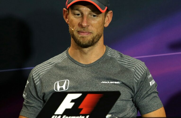 2009 Formula 1 Champion Jenson Button stranded for 17 hours in the Baja 1000
