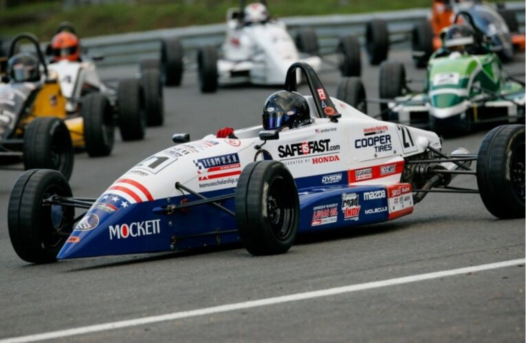 Strong Drives for Kotyk, Jeansonne in Thrilling Formula Ford Festival Final