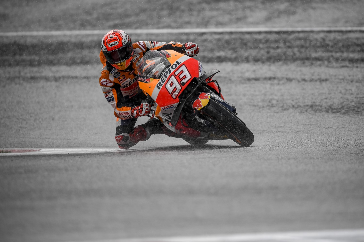 Marquez schools the rest in the rain