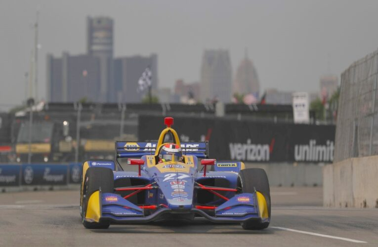 Rossi storms to pole for Detroit GP Race 1