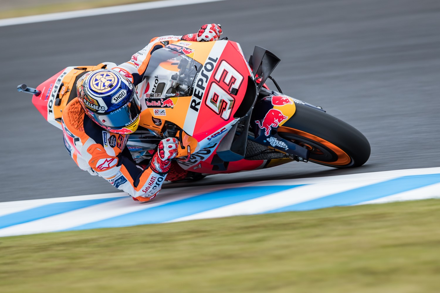 Marc Marquez charges to pole