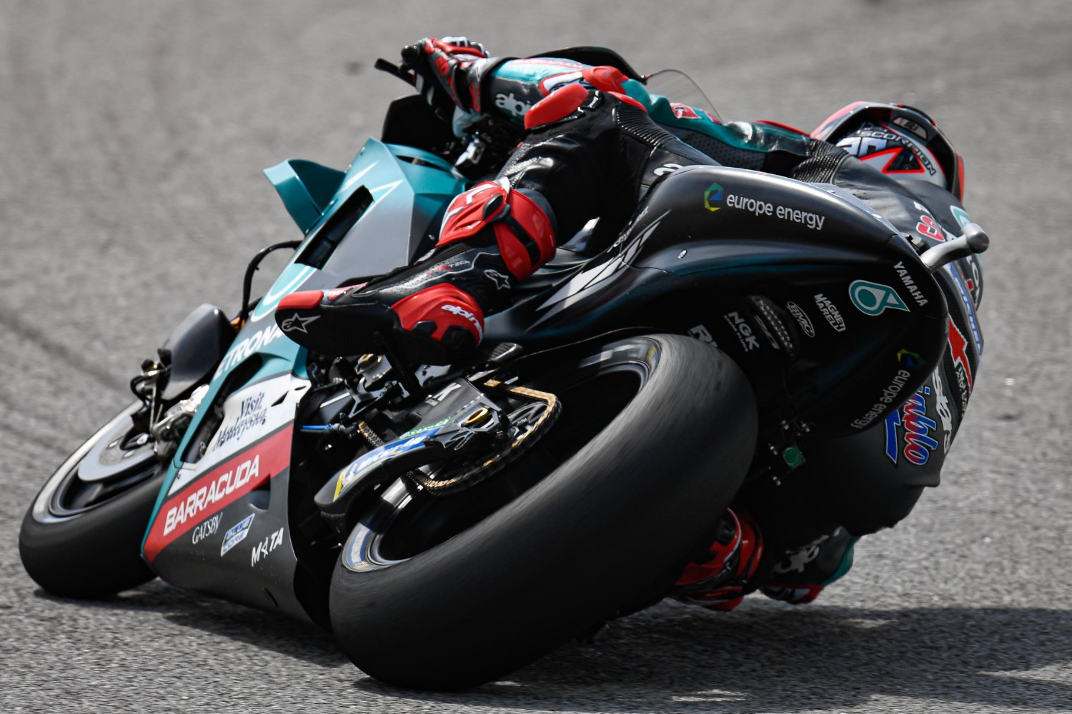Fabio Quartararo shows the competition how it is done
