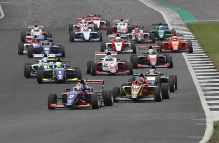 British F3 storms to Silverstone for potential title decider