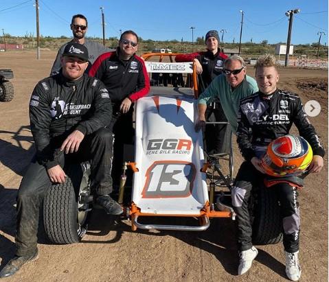 IndyCar driver Ferrucci runs 410 Sprint Car