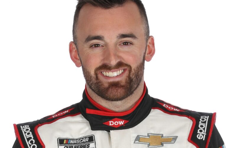 Austin Dillon cleared to race at Dover