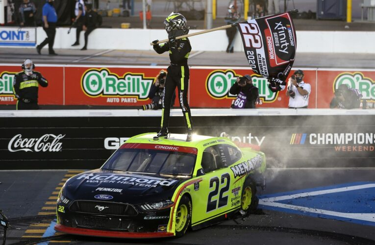 Video: NASCAR Truck and Xfinity Phoenix race highlights