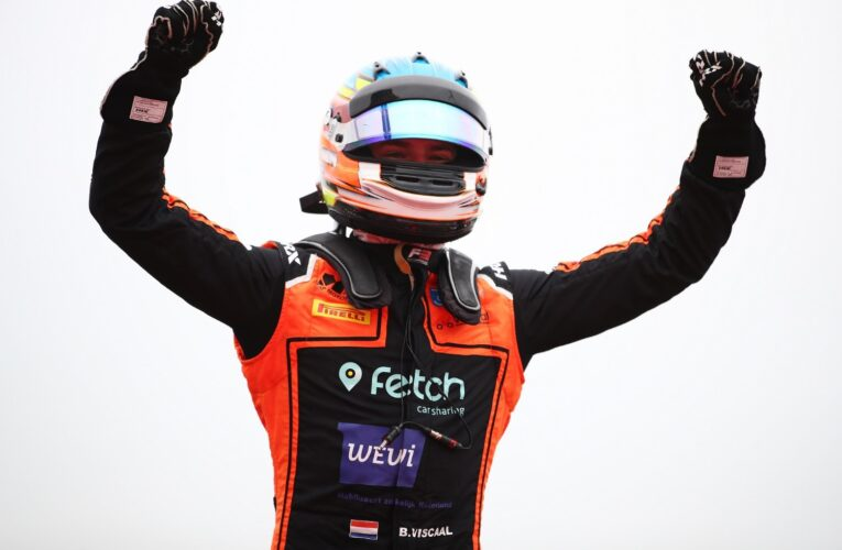 Viscaal snatches first F3 victory from Zendeli in dramatic final lap of Race 2