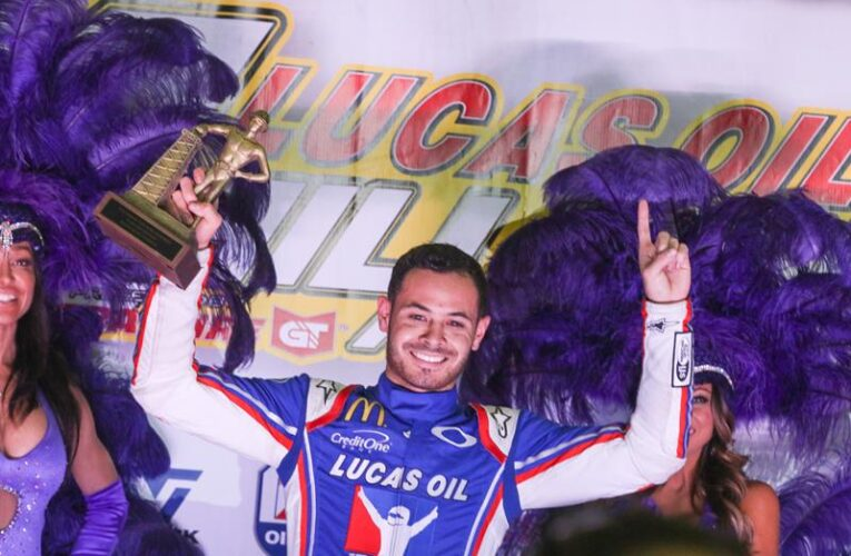 Larson beats Bell to win 2020 Chili Bowl