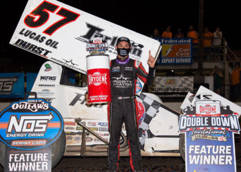 Larson sweeps Knoxville