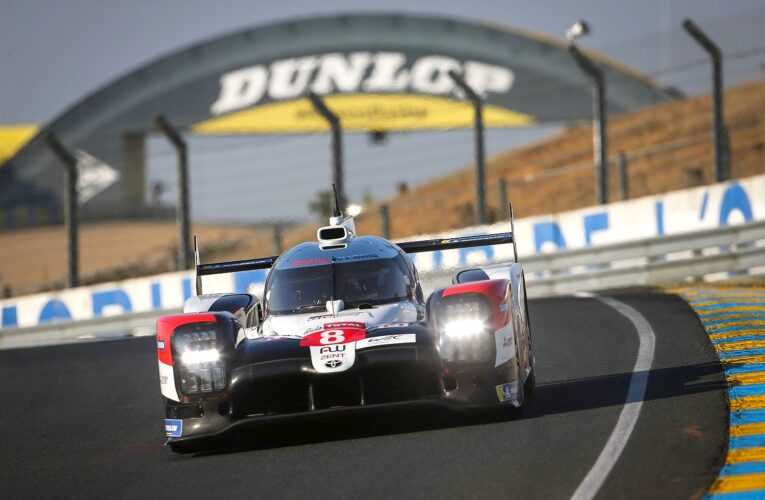 Le Mans Hour 2: Toyotas now 1-2