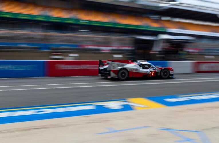 Le Mans Hour 9: #7 Toyota leads #8 Toyota by 1 lap