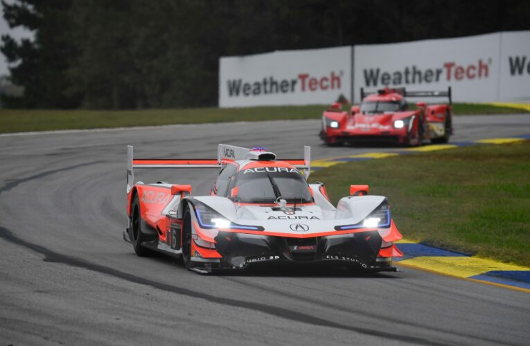 Petit Le Mans Hour 3: Pagenaud has #6 Acura in lead
