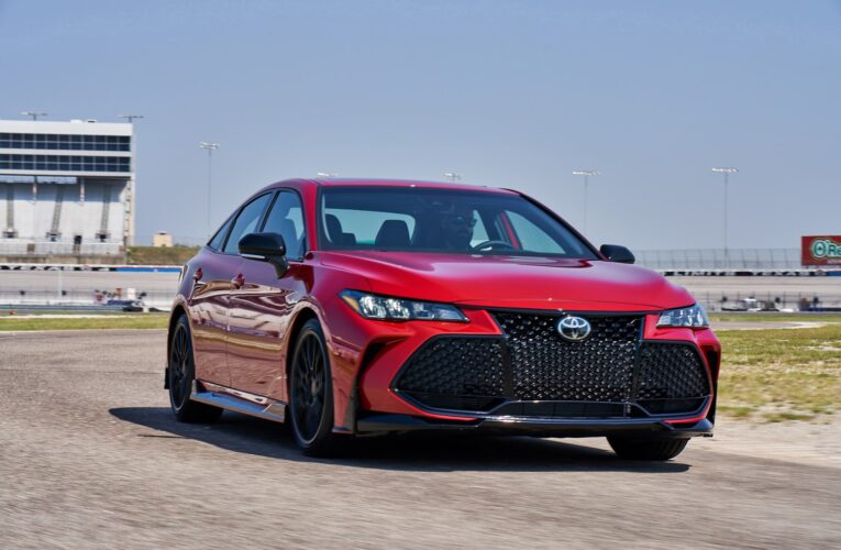 We drive the 2021 Toyota Avalon TRD