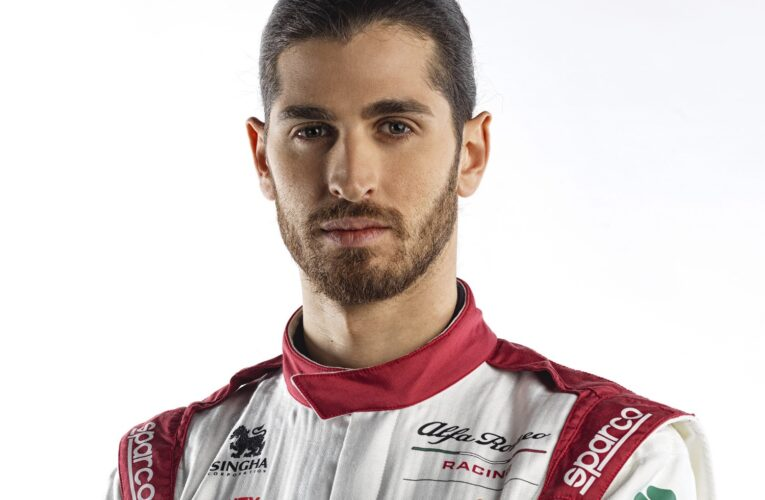 F1: Government called upon to keep Giovinazzi on the grid in 2022