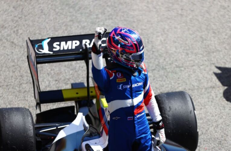 F3: Smolyar takes victory from Novalak in frenetic first race of the season at Barcelona