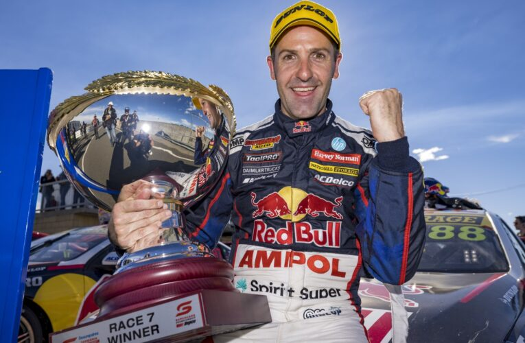 Supercars: Whincup and Mostert win in Tasmania