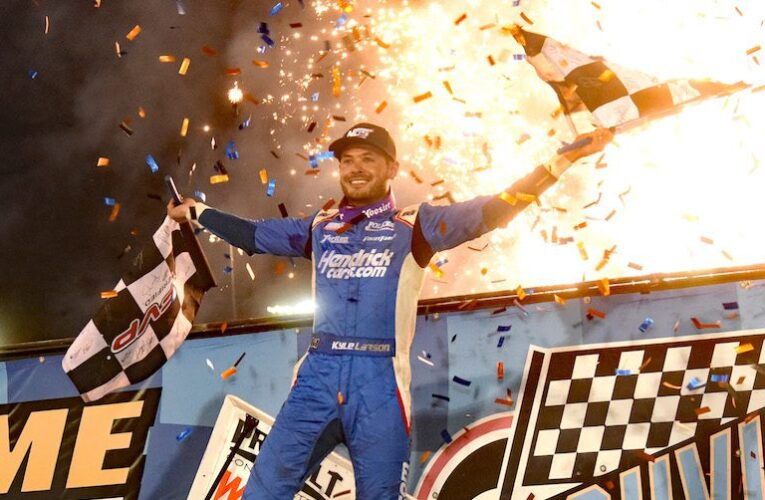 WoO: Kyle Larson wins the Knoxville Nationals