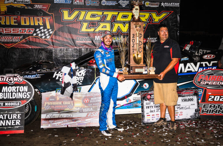 'Not Cancelled' Kyle Larson wins 31st edition of the Prairie Dirt Classic