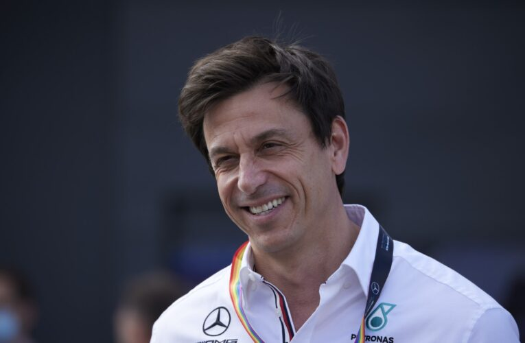 F1 should boost grid to 30 cars – Wolff